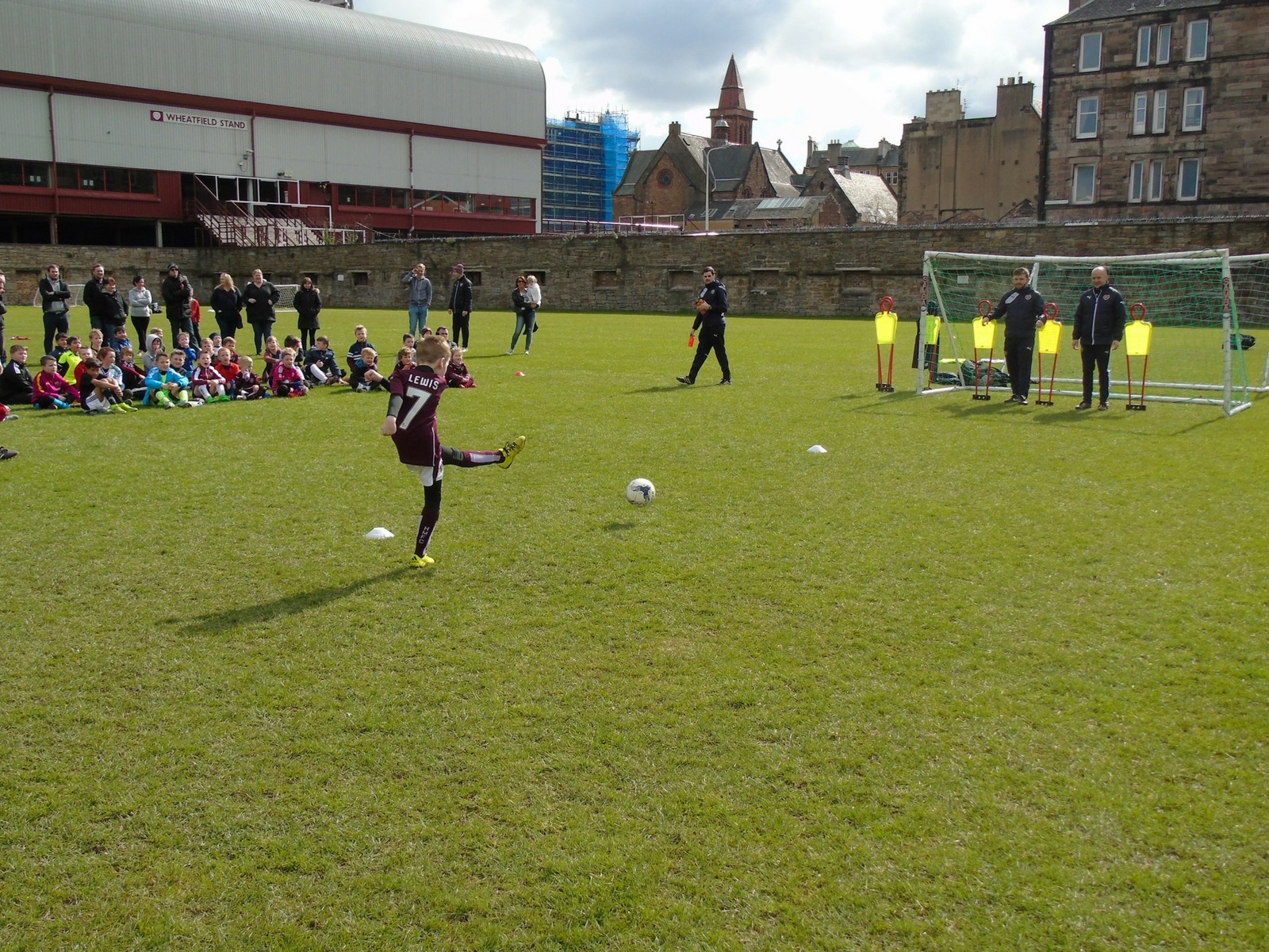» Free Places on Holiday Football Courses